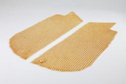 Goldapplikatoren für den Dekolleté-Bereich als Ergänzung zur Goldmaske für das Gesicht.